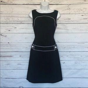 Black & White dress with buttons. Sz 6 EUC